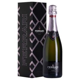 FERRARI Maximum Rosé - díszdobozban - Pezsgő - 70% Pinot Noir 30% Chardonnay
